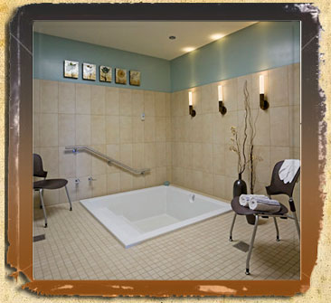 Modern soaking tub tub is typical of Banner Gateway's patient facilities